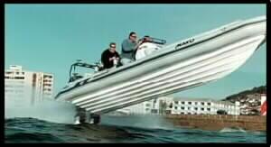 KSSW-napedy do łodzi, silnik zaburtowy - plusy i minusy