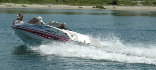 Stratus 550 na wodzie, podczas pierwszych testów