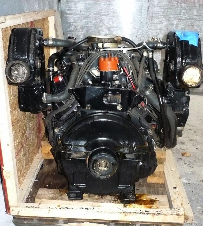 mercruiser V8 - rozpakowany