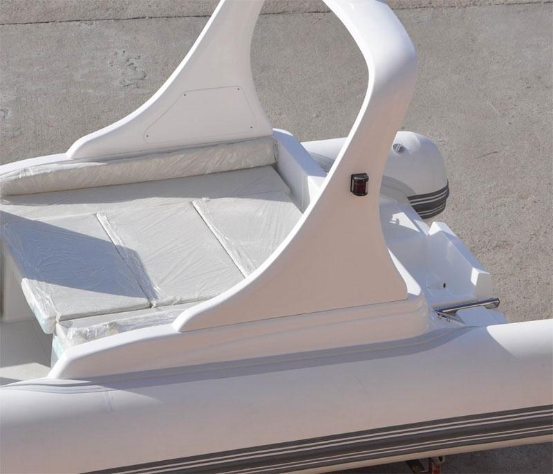 RIB - rufowy pokład słoneczny