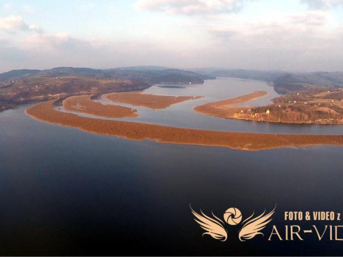Jezioro Rożnowskie i Tęgoborze z Lotu Ptaka